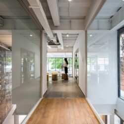 dreamplex-coworking-office-sustainable-harmonie-t3architects-vietnam-035-scaled